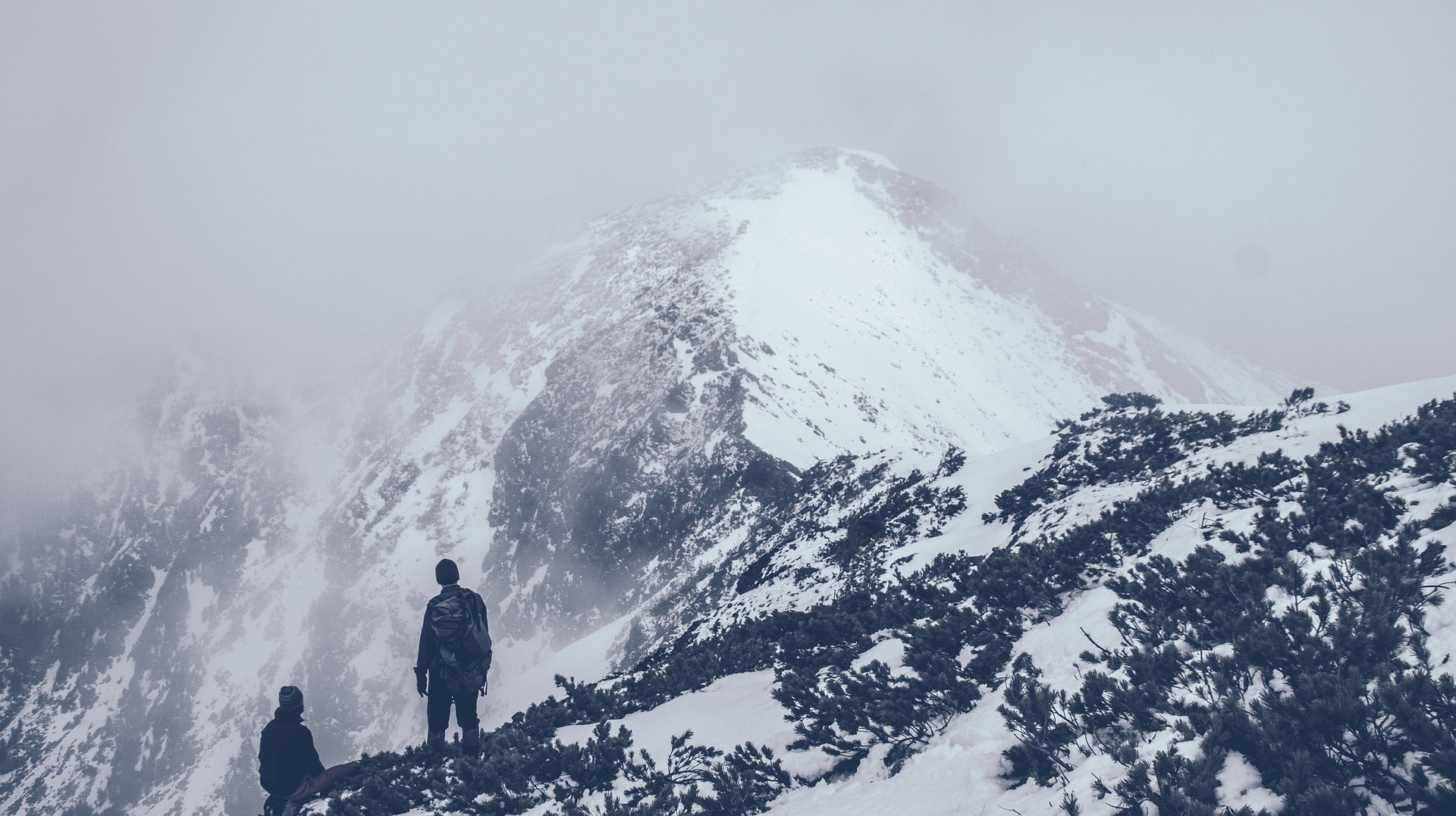 Picture on top of about us page to showing a mountain to signify our vision